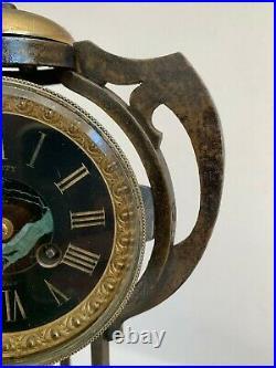 Ancienne grande pendule 1900 fer forgé Art & Crafts Art nouveau clock antique