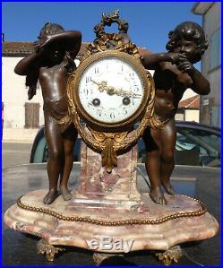 Pendule Ancienne Jolie Pendule / Amour / Putti / Enfant / Ange / Art Nouveau
